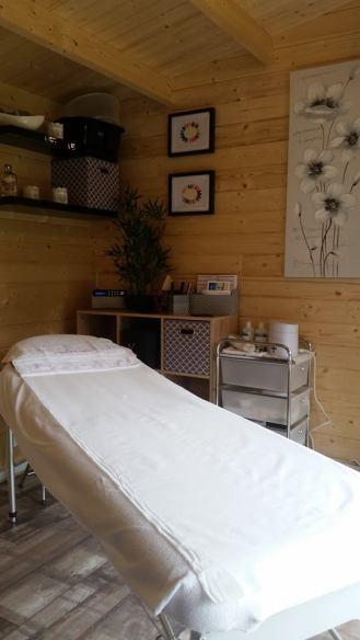 Log Cabin Beauty Room