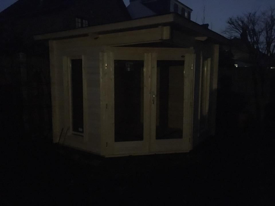 Oban Corner Cabin