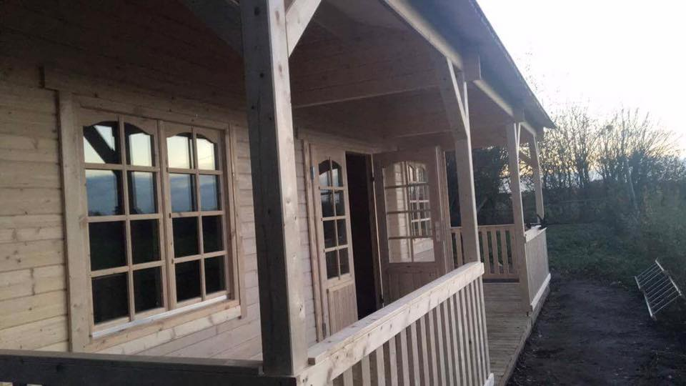 Sandra 1 Log Cabin all finished