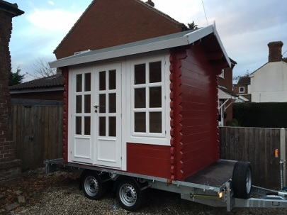 santa-log-cabin-on-wheels.bp.281117
